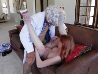 Голые Девки Порно Мексиканский профессор дураков и трахает рыжую!!! видео