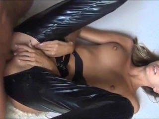 Голые Девки Порно Сексуальный Анальный Секс Любительские Девка Сперма В Жопе видео