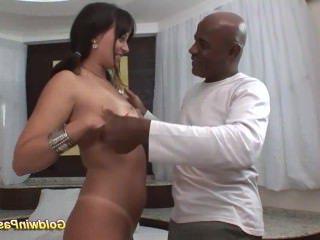 Голые Девки Порно ее первый Анальный монстр член видео