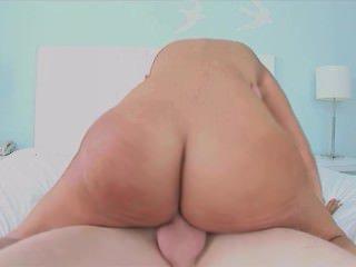 Голые Девки Порно Грудастая красотка в pov действий видео
