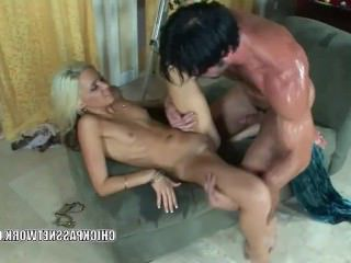 Голые Девки Порно Кейси Джордан принимает член в ее сладкую киску видео