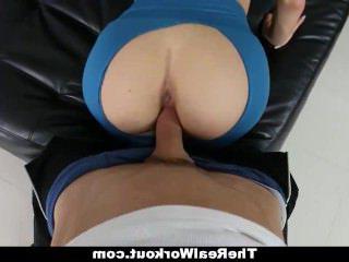 Голые Девки Порно TheRealWorkout-Грудастая Кристалл Трахал После Ее Тренировки видео