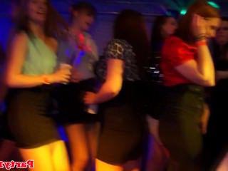 Голые Девки Порно Любительский европейский минету перед верховая езда видео