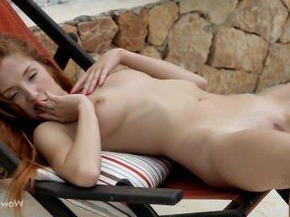 Голые Девки Порно Красивая Рыжая Лиса Мастурбирует Себя видео