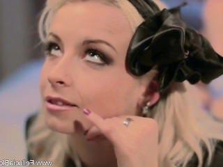Голые Девки Порно Блондинка Минет видео