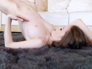 Голые Девки Порно Playboy Plus: Emily Bloom-Сладкий Сон видео