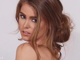 Голые Девки Порно Доброе утро с молоденькой красоткой Amberleigh West видео