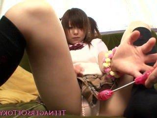 Голые Девки Порно Девка, японская школьница дает футджоб в носках видео