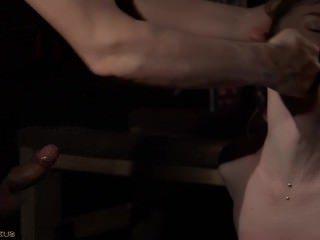 Голые Девки Порно Покорная сука доминирует трахал за неповиновение бондаж видео