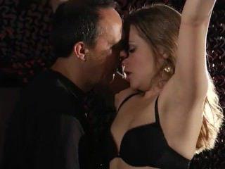 Голые Девки Порно Связывание садо-мазо девушка в хардкор наказание для удовлетворять ее Фетиш видео