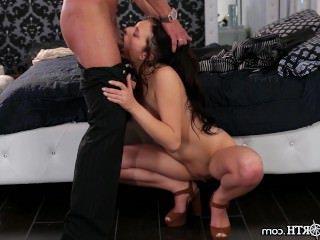 Голые Девки Порно Хун отчим дает дочь ездить видео
