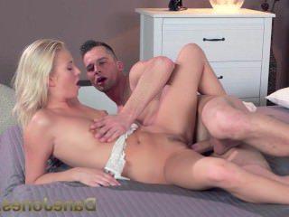 Голые Девки Порно Дейн Джонс любовник пациент дает блондинка хардкор стучать она жаждет видео