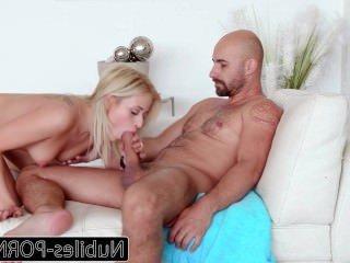 Голые Девки Порно Nubiles — Порно Сексуальная Блондинка Трахается С Тренером видео