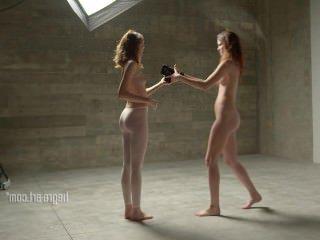 Голые Девки Порно Фотосессия с моими любимыми близнецами видео