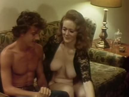 Ретро Порно Каждый дюйм Леди(1975) — сцена 5 Дарби видео