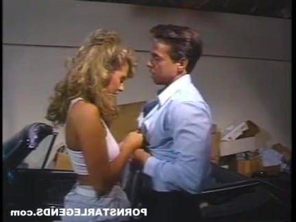 Ретро Порно Питер Норт трахает порно шлюха в машине видео