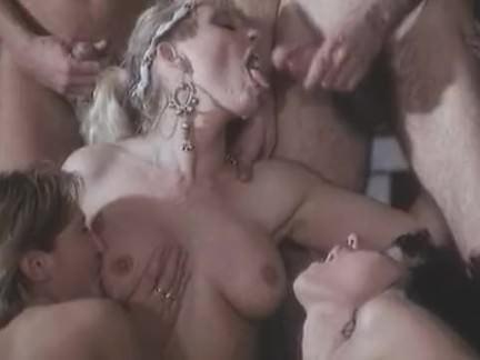 Ретро Порно Римская оргия видео