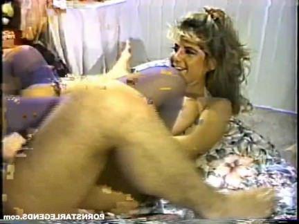 Ретро Порно Большие сиськи классический порнозвезда выебанная хардкор видео
