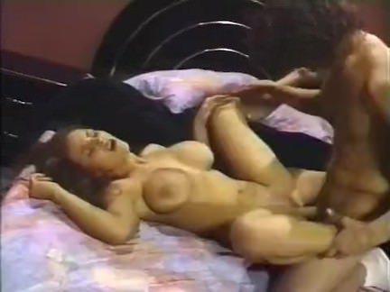 Ретро Порно Лиза Энн (молодой) & amp; Ник Восток видео