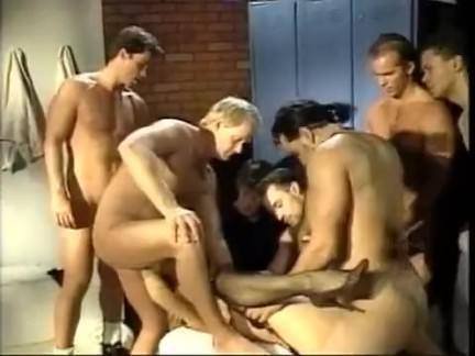 Ретро Порно Групповуха девушка 10 (1993) видео