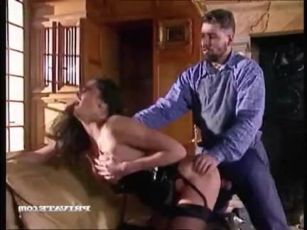 Ретро Порно Вдова Катарина лечит ее горе с толстым членом видео