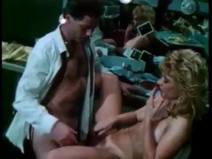Ретро Порно молодая Нина Хартли нон стоп 1988 видео