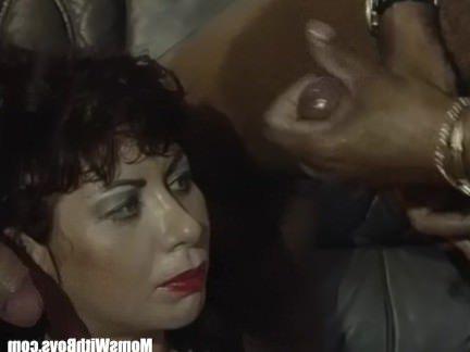 Ретро Порно Взрывные Массивные Зрелые Сиськи Сперма Душа Групповуха видео
