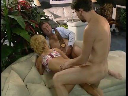 Ретро Порно Долли Бастер-вечеринка в видео клубе видео
