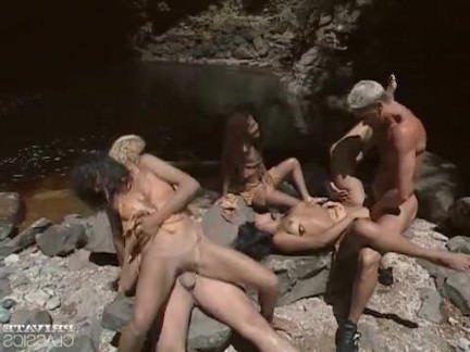 Ретро Порно Оргии латинок в реке видео