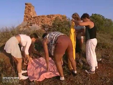 Ретро Порно Анальная оргия в замке с Андреа, Джудит видео