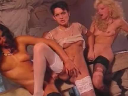 Ретро Порно Классические роскошные дамы в замке похоти видео