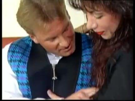 Ретро Порно немецкая грудастая Джина Колани видео
