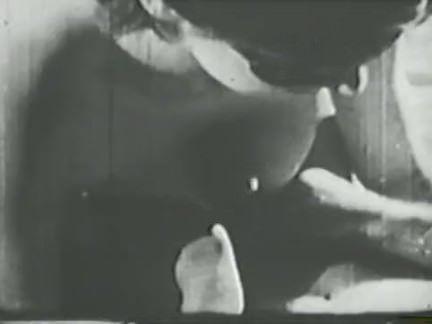 Ретро Порно Старинные уникумов втроем ебля видео