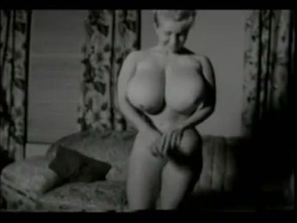 Ретро Порно Пин-ап Большие сиськи видео