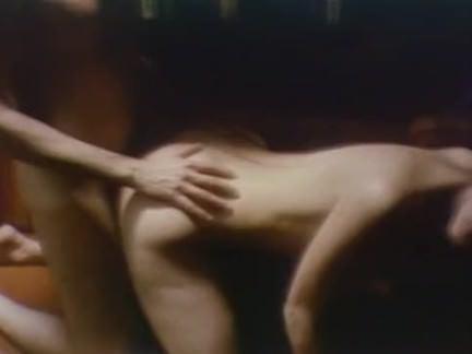 Ретро Порно Ретро групповуха на яхте видео