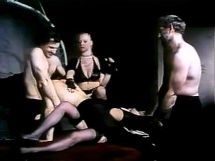 Ретро Порно АНГЕЛЫ В БЕДЕ 1982 видео