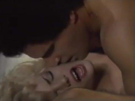 Ретро Порно Лучший подарок-это член полный спермы видео
