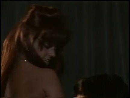 Ретро Порно Милашка получает пригвожден в кино видео