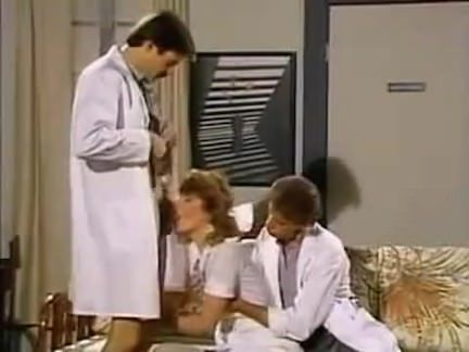 Ретро Порно НЕМНОГО МЕДА 1987 видео