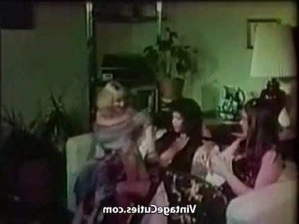 Ретро Порно 3 грудастые волосатые девушки Лесби пути видео