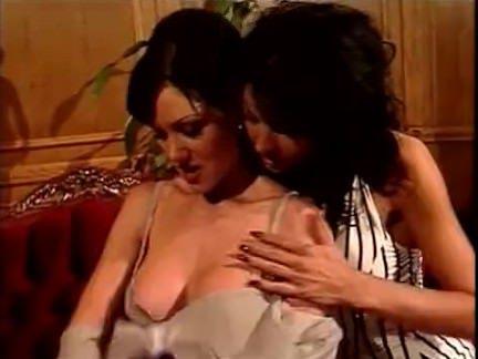Ретро Порно Стервозная мамочки напиться и роговой видео