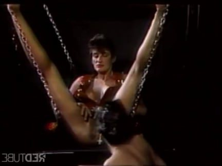 Ретро Порно Сосать мои пальцы недостойные раба видео