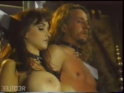 Ретро Порно Будущая сессия фемдом на космическом корабле видео