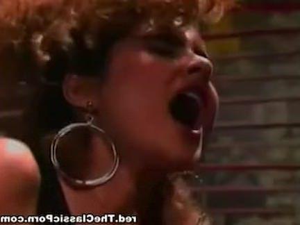 Ретро Порно Лизать ее придерживаться ее видео